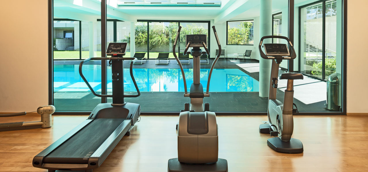 Air humidification in fitness clubs